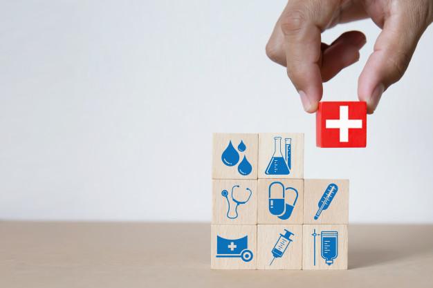 No Brasil, também está previsto na Constituição o direito ao acesso à saúde.