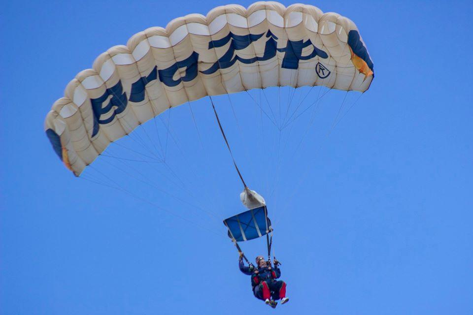 paraquedismo - Esportes radicais em Juiz de Fora